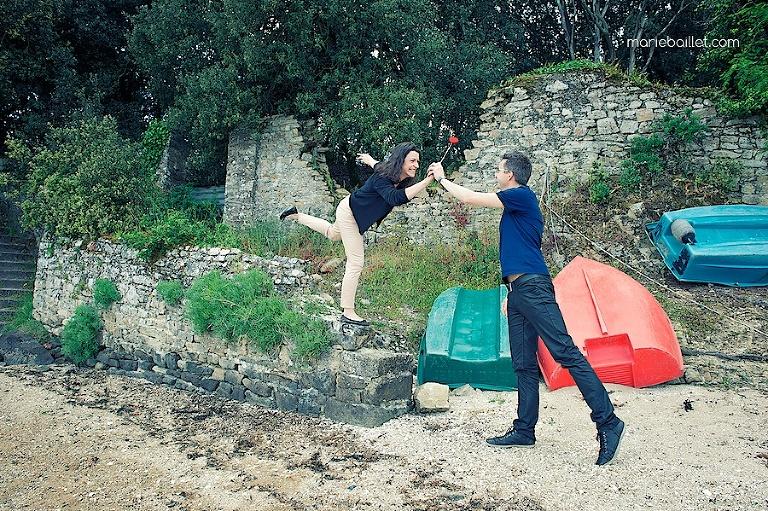 séance fiançailles amoureux Bretagne golfe Morbihan Marie Baillet