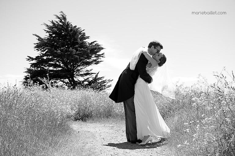 photo de couple Mariage à Saint-Philibert, Morbihan par Marie Baillet photographe en Bretagne sud
