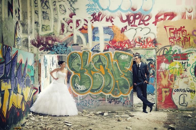 séance photo de couple usine désaffectée - mariage par Marie Baillet photographe Bretagne