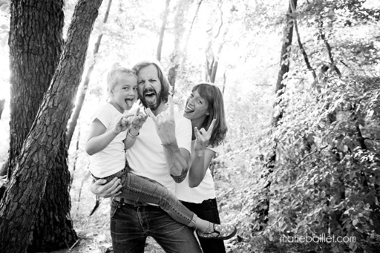 séance photo famille Rock n' roll par Marie Baillet photographe Morbihan