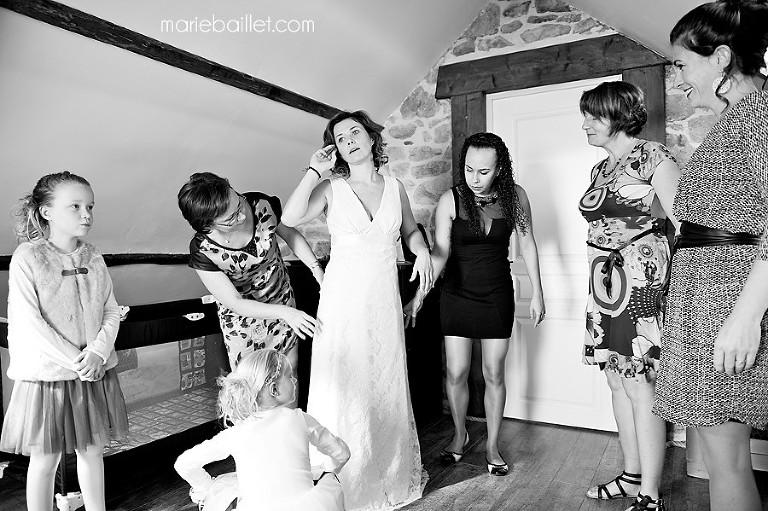 photo préparatifs mariage Saint Philibert by Marie Baillet photographe mariage Bretagne