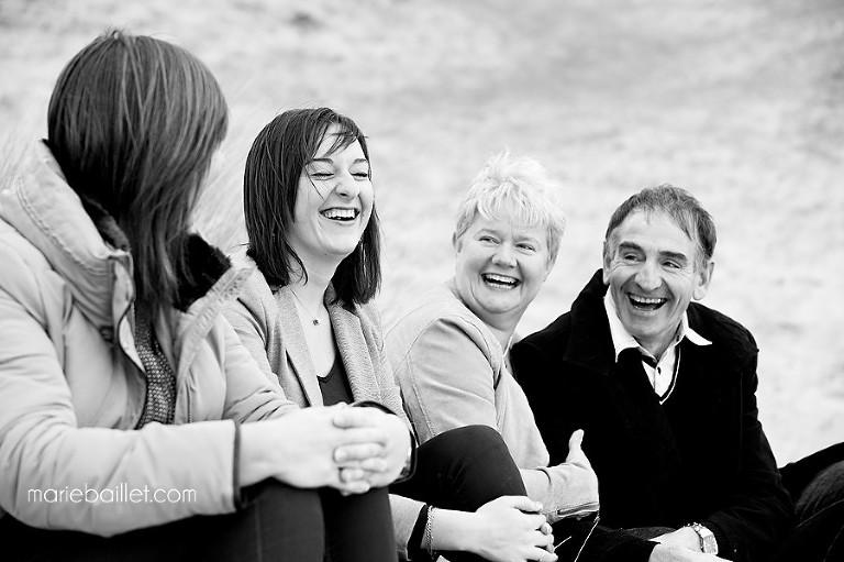 seance photo famille Morbihan - by Marie Baillet photographe en Bretagne