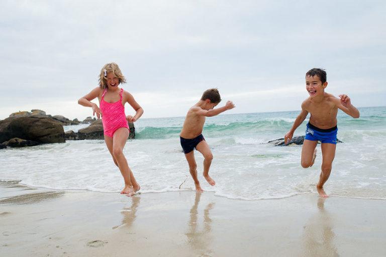 photographe Morbihan - séance famille à la plage