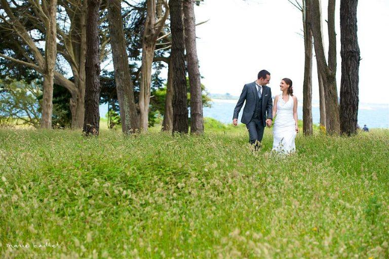 photo couple mariage chapelle St Philibert - Morbihan