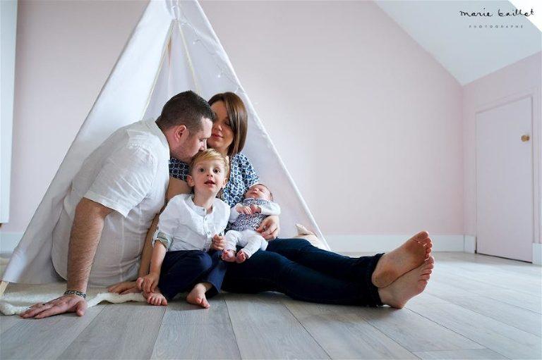 séance photo bébé 1 mois par Marie Baillet photographe en Morbihan