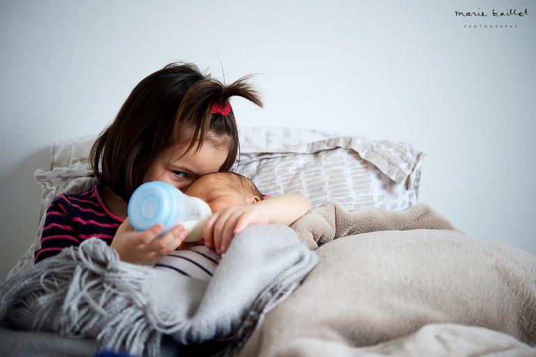 faire part naissance morbihan / photo bébé à domicile © Marie Baillet photographe