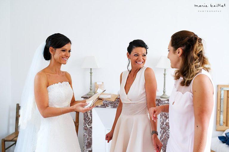 habillage mariage par Marie Baillet photographe Bretagne