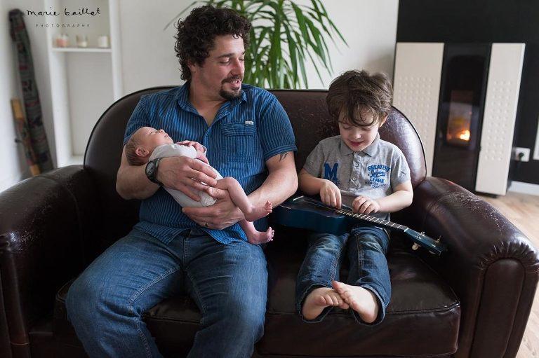séance bébé à domicile dans le Morbihan par Marie Baillet photographe 56